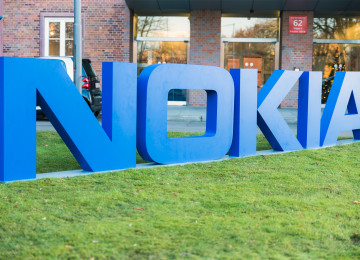 reports-nokia-smartphone-comeback-and-enhanced-with-graphene