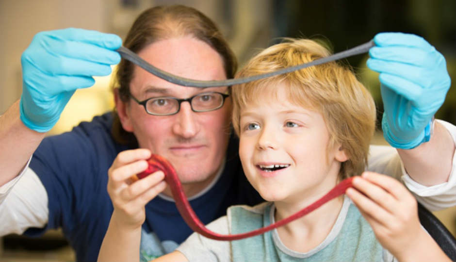 Graphene changes Silly Putty to nanotech material instead of it as toys