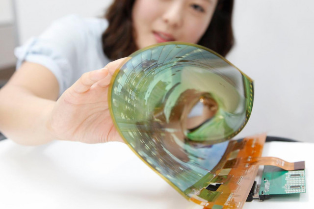 Flexible OLED displays will come in phones or smartwatches in future