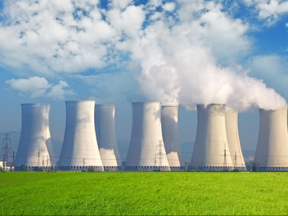 Graphene makes the nuclear power cheaper and more environment friendly